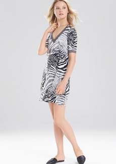 Natori Feathers Essential Zebra Sleepshirt