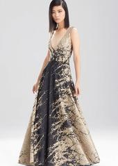 Natori Pebble Cloque V-Neck Dress