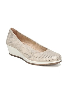 Naturalizer Betina II Wedge (Women)