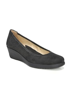Naturalizer Betina Leather Wedge Pumps