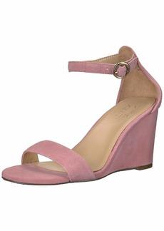 Naturalizer Women's Kierra Wedge Sandal  6 W US