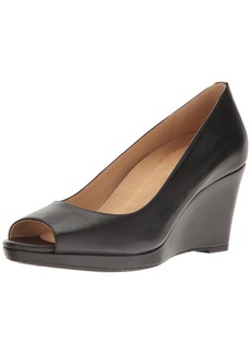 Naturalizer Women's Olivia Wedge Pump