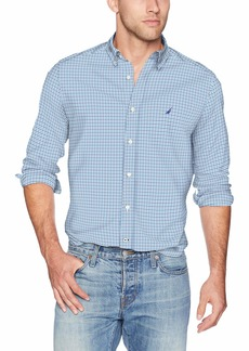 Nautica Men's Navtech Classic Fit Plaid Poplin Button Down Shirt