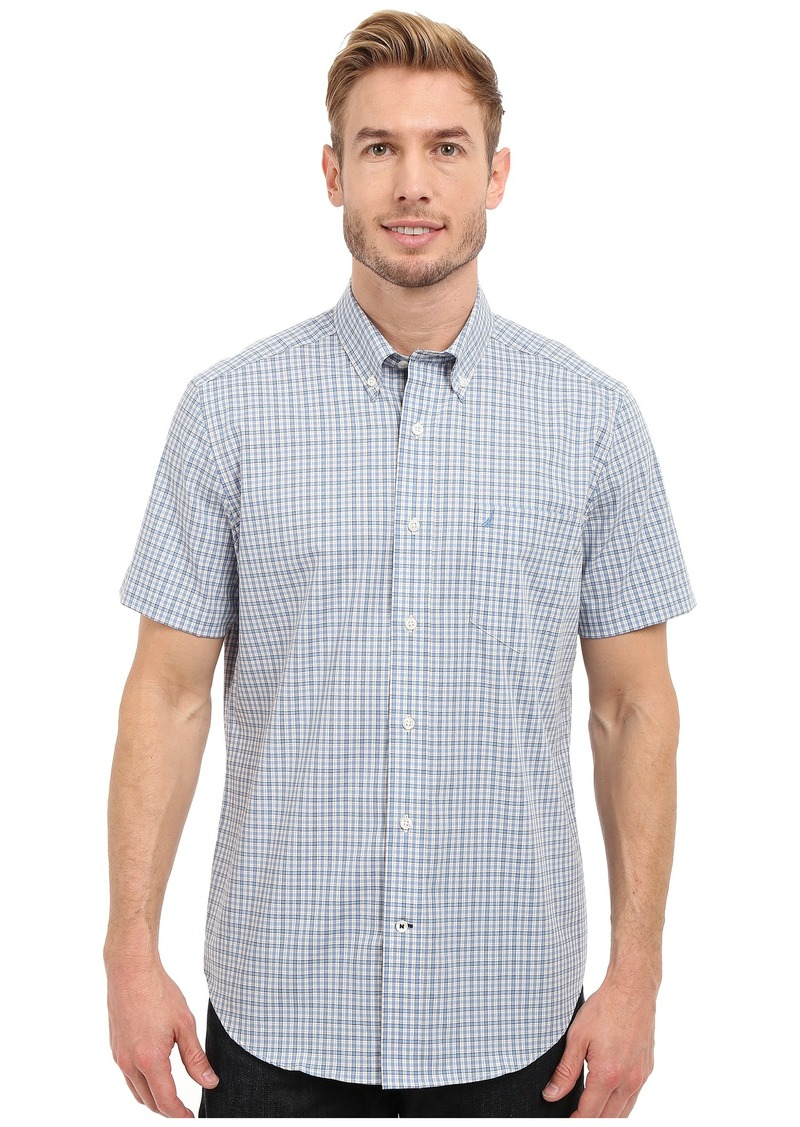 Nautica Short Sleeve Wrinkle Resistant with Pocket Small Plaid