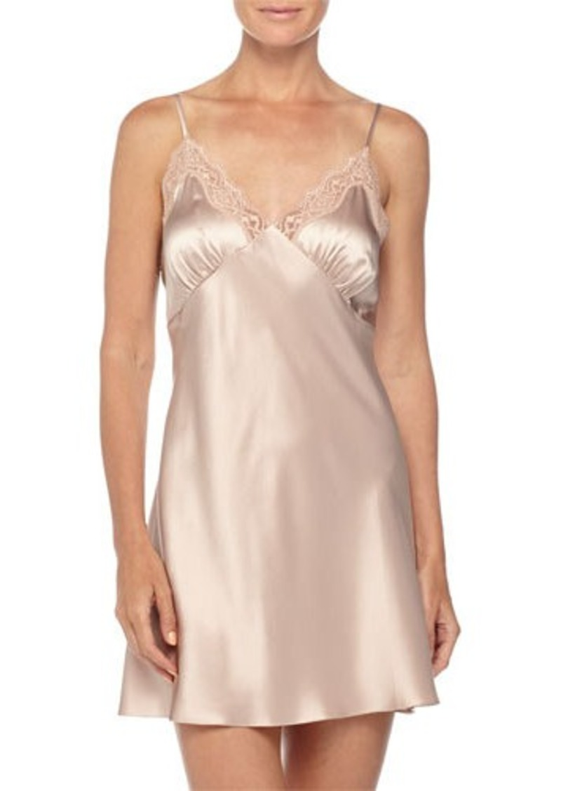 Neiman Marcus New Body Lace-Trimmed Chemise