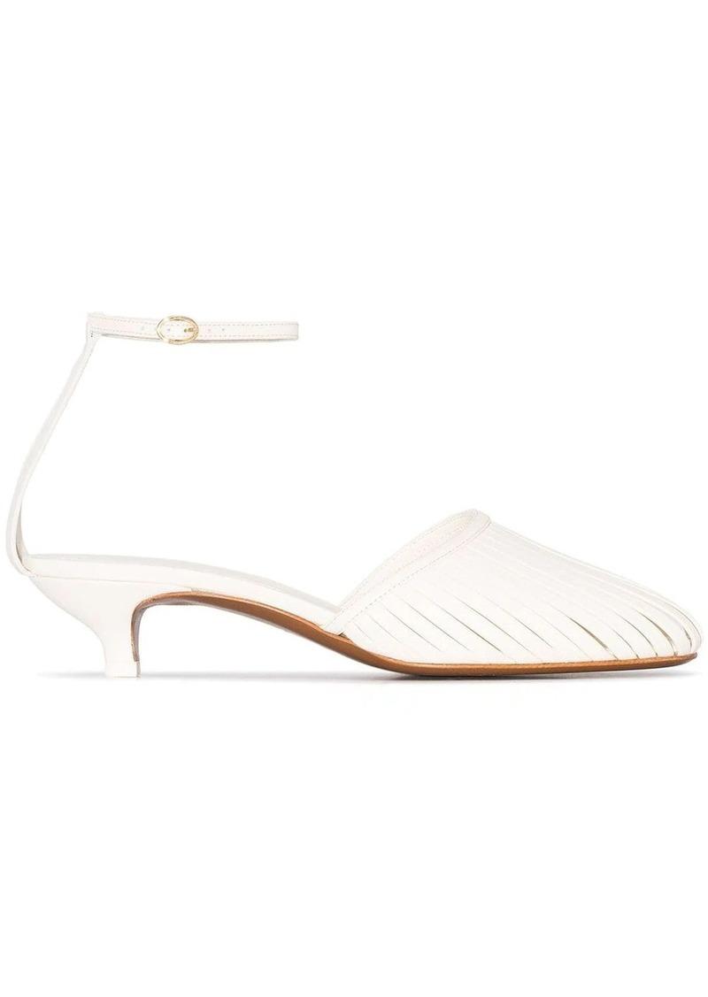 Neous Lipogon 35 low heel sandals