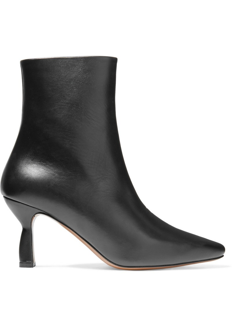 Neous Sieve Leather Ankle Boots
