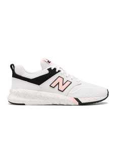 New Balance Flecked Sole Sneaker