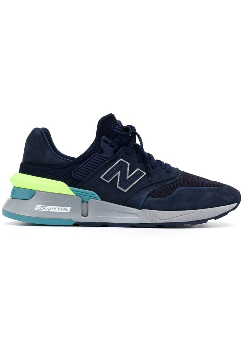 New Balance low-top trainers