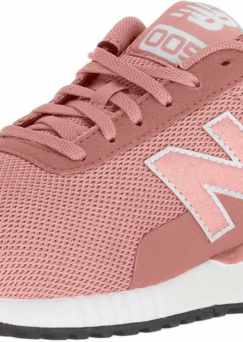 New Balance Women's 005 V2 Sneaker  6.5 D US