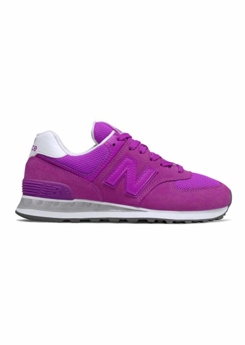 New Balance Women's Iconic 574 V2 Sneaker   D US