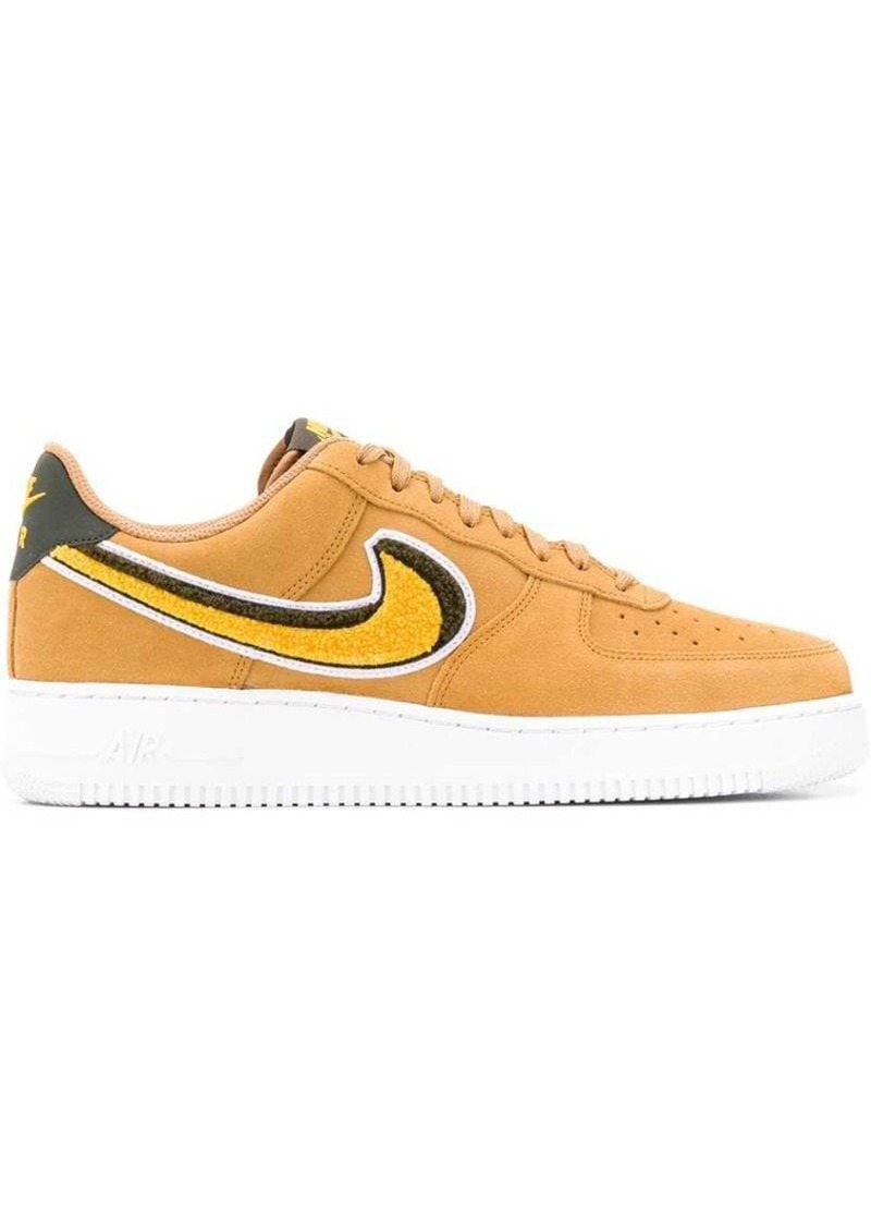 photos officielles bbe23 f9d43 Air Force 1 Low 07 LV8 sneakers