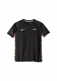 Nike CR7 Short Sleeve Soccer Top (Little Kids/Big Kids)