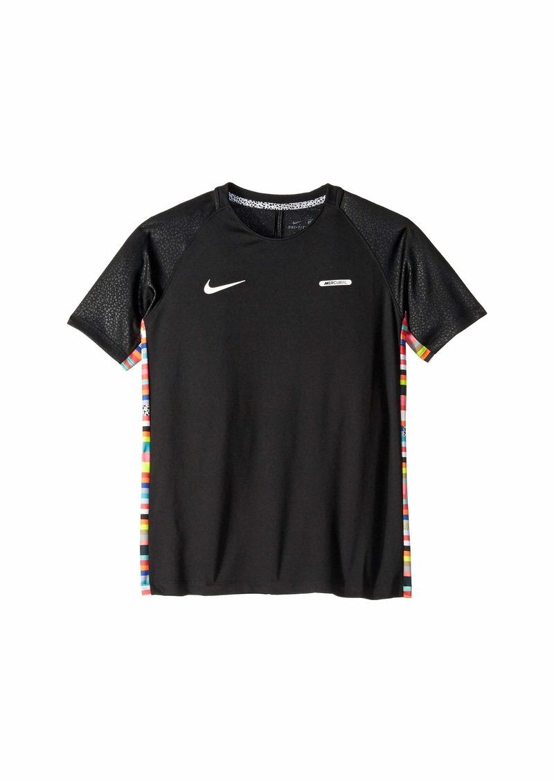 Nike CR7 Short Sleeve Soccer Top (Little Kids/Big Kids)