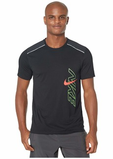 Nike Dri-FIT Breathe Rise 365 H Short Sleeve Graphics