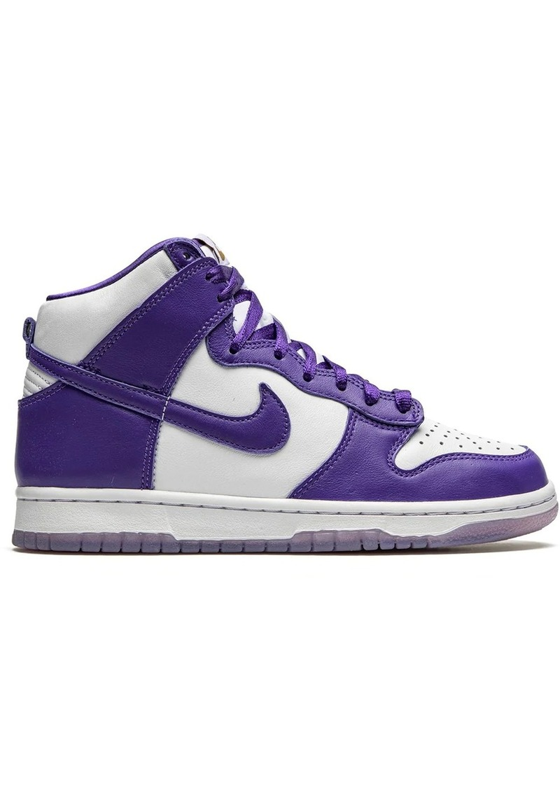 Nike Dunk High sneakers