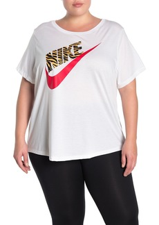 Nike Front Graphic Crew Neck T-Shirt (Plus Size)
