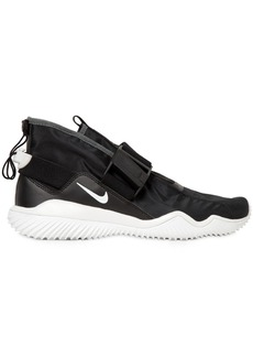 Nike Komyuter Waterproof Sneakers