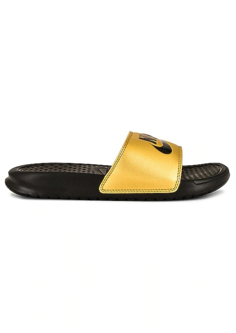 Nike Benassi JDI Slides