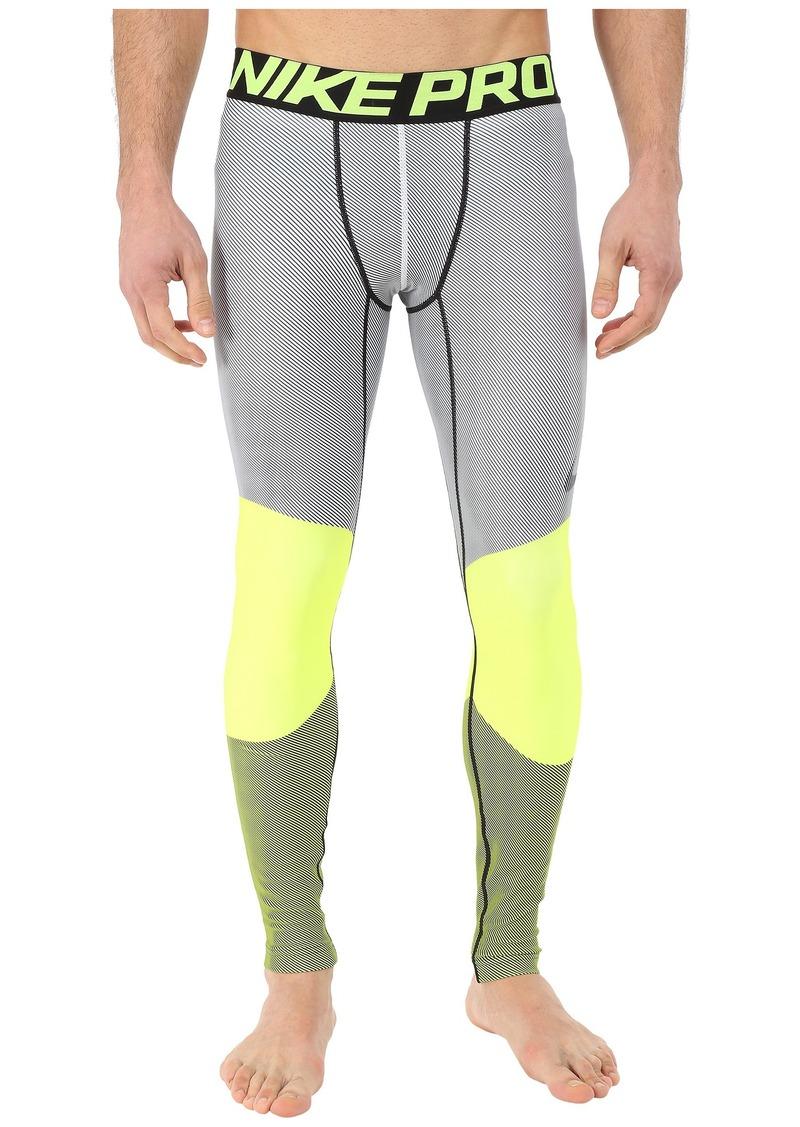 Nike Hyperwarm Dri-Fit™ Max Compression 5 Quarter Tights