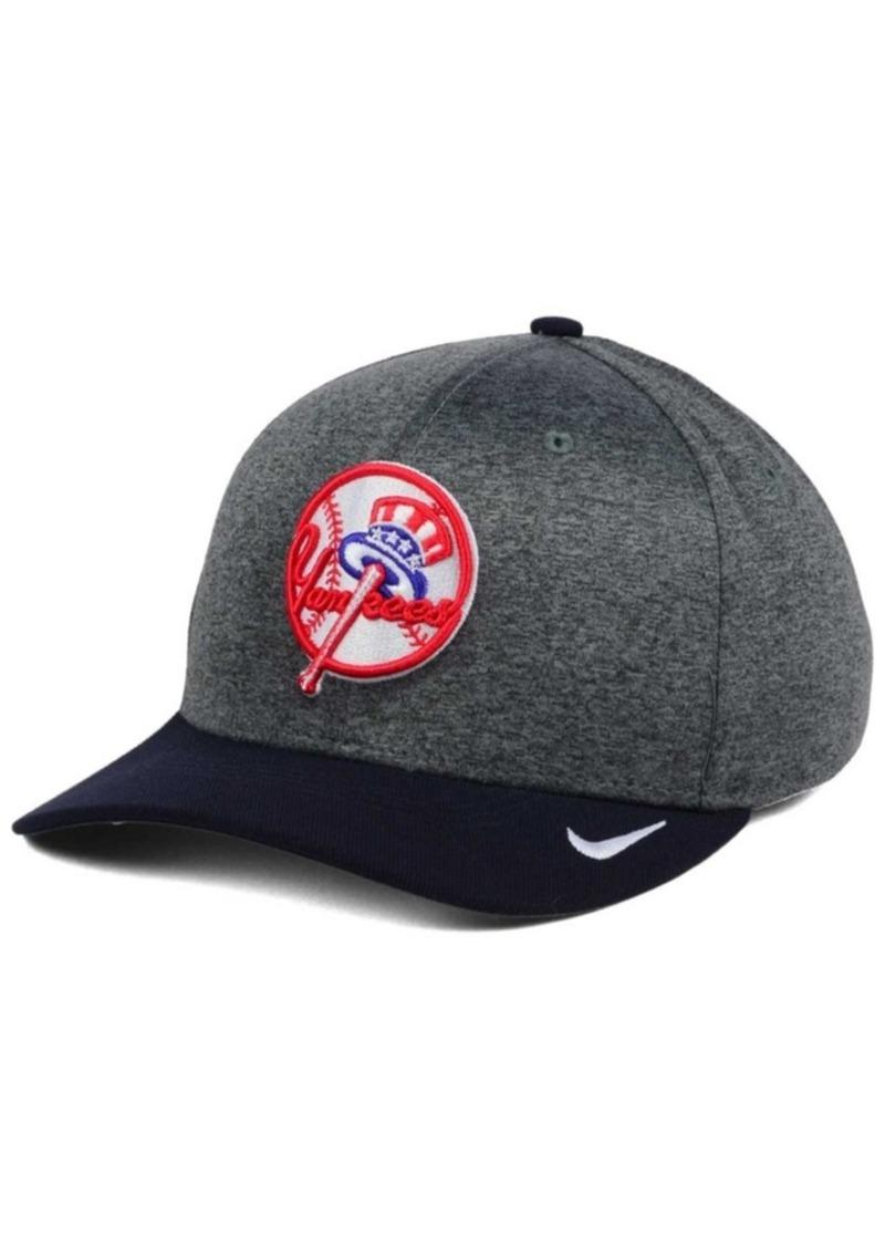 Nike Nike New York Yankees Hight Tail 2Tone Flex Cap  6f0eef7812b