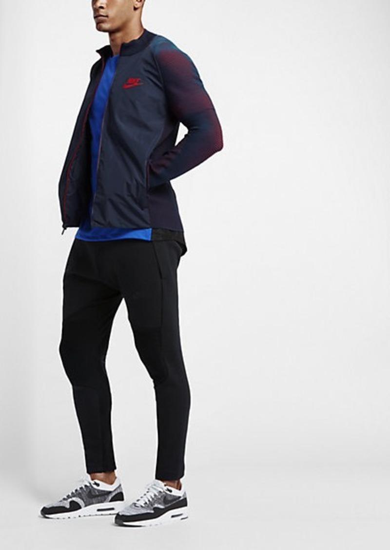 nike sportswear dynamic reveal
