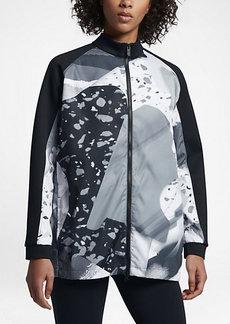 Nike Sportswear Montage