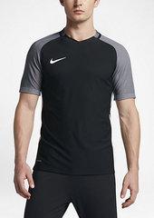 Nike Strike AeroSwift