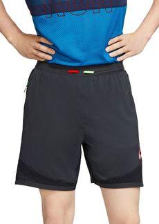 Nike Wild Run Regular Fit Shorts