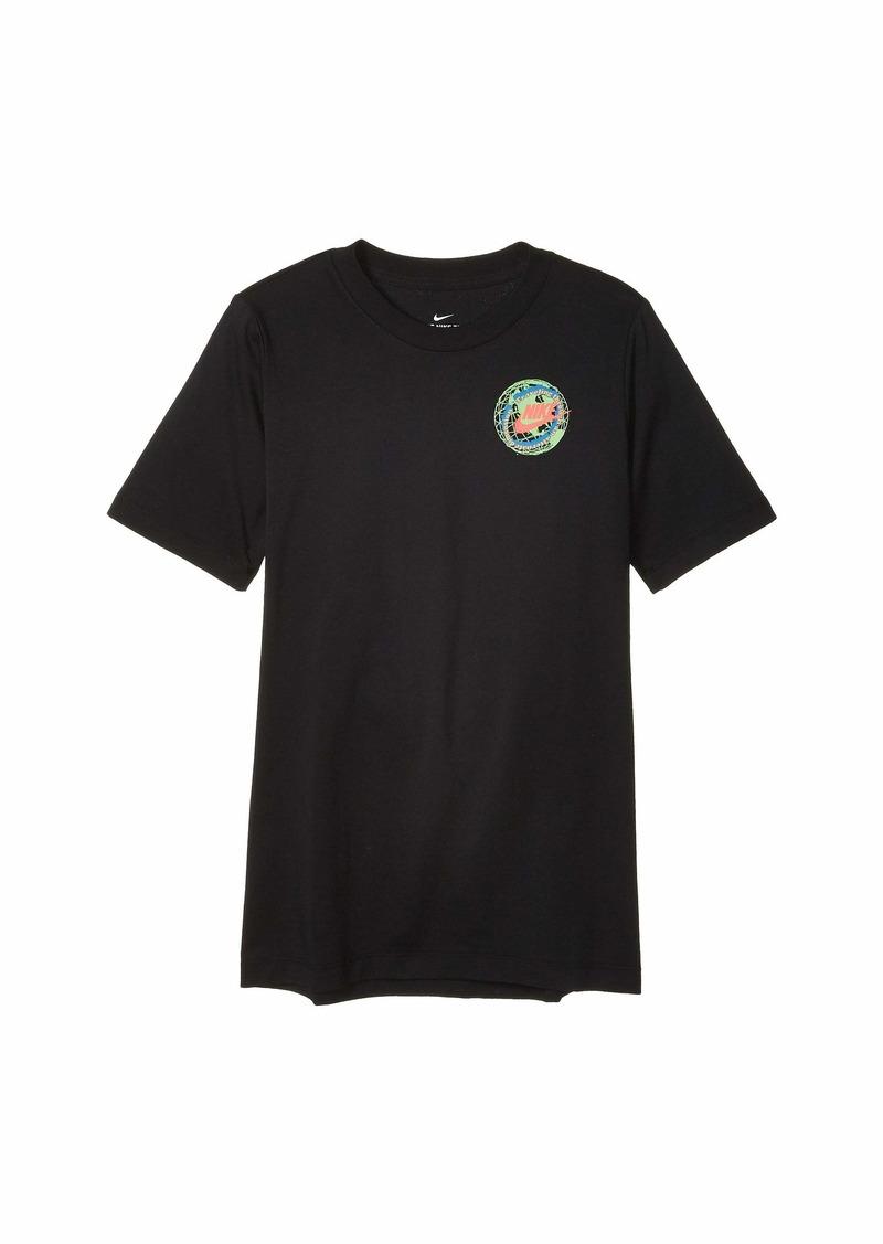 Nike NSW Future Fast Globe T-Shirt (Big Kids)