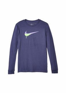 Nike NSW Long Sleeve Novelty Swoosh T-Shirt (Big Kids)