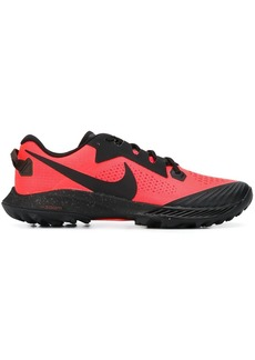 Nike Pegagus low-top trainers
