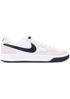Nike SB Adversary low-top sneakers