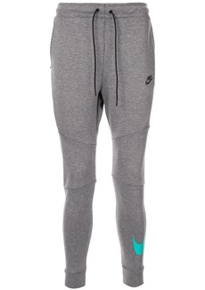 Nike tech fleece jogging trousers