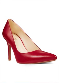 Finlay Pointy Toe Pumps