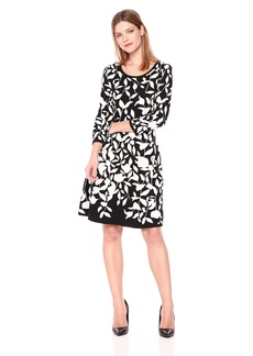 Nine West Women's 3/4 Sleeve Double Jaquard Floral Fit and Flare Dress Black/Ivory M