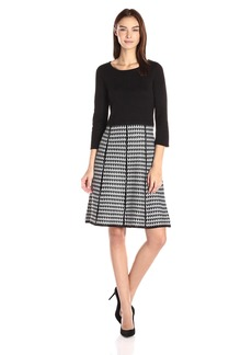 Nine West Women's 3/4 Sleeve Houndstooth Fit and Flare Black/Ivory L