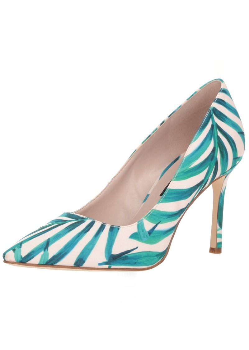 Nine West Women's EMMALA Fabric Pump