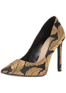 Nine West Women's Tatiana Fabric Pump Black-Gold Feather Print