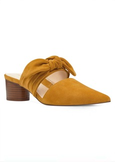 Zeal Pointy Toe Mules