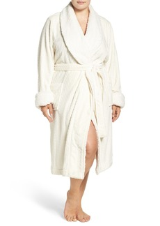 Nordstrom Lingerie Cable Plush Robe