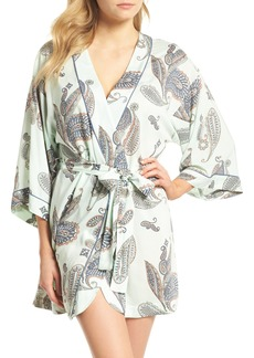 Nordstrom Lingerie Sweet Dreams Short Robe