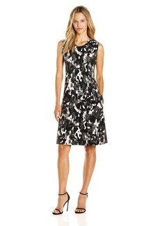 Norma Kamali Women's Sleeveless Swing Dress Bonded Camo Print Modern L