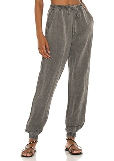 NSF Taylor Clean Easy Jogger