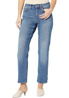 NYDJ Petite Relaxed Straight Jeans in Duvall