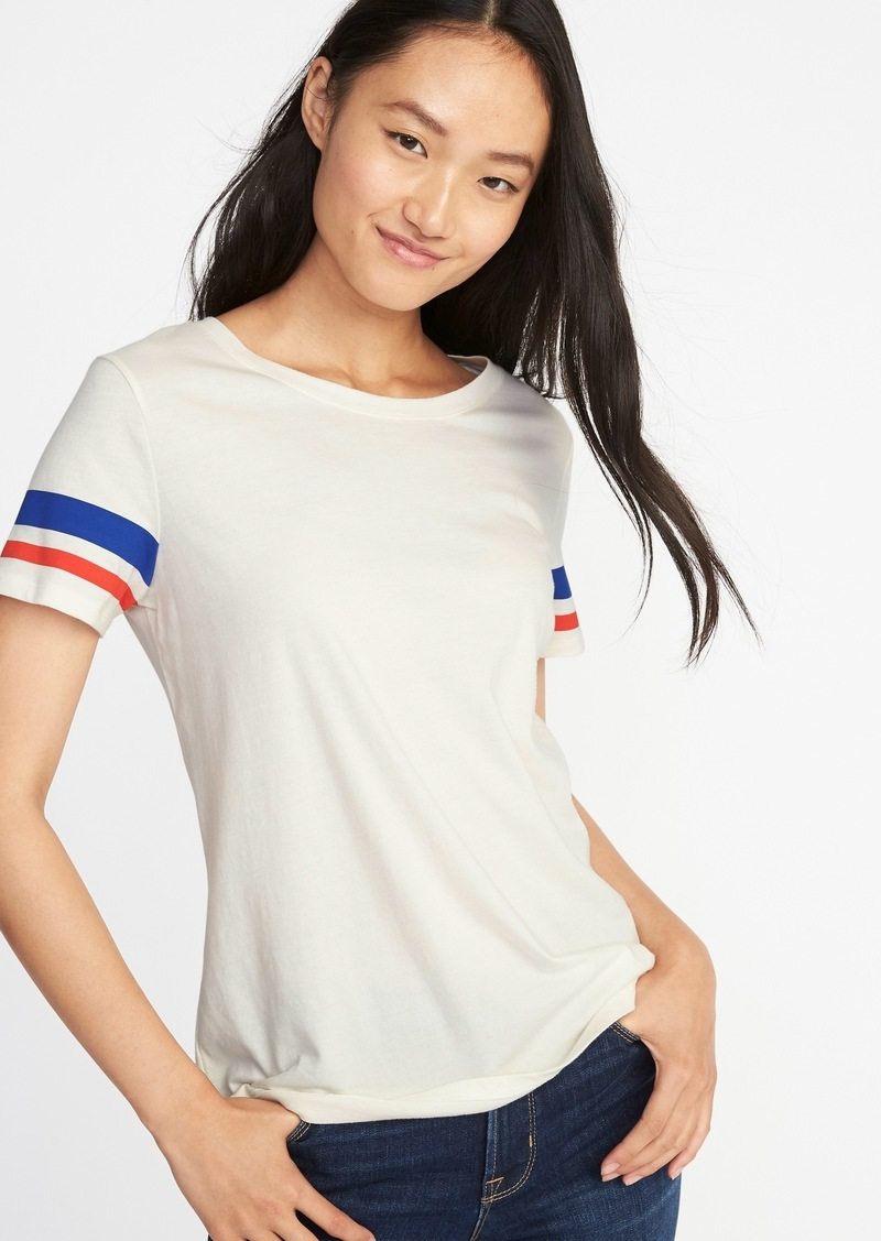 5d4e053b6055 On Sale today! Old Navy EveryWear Graphic Tee for Women