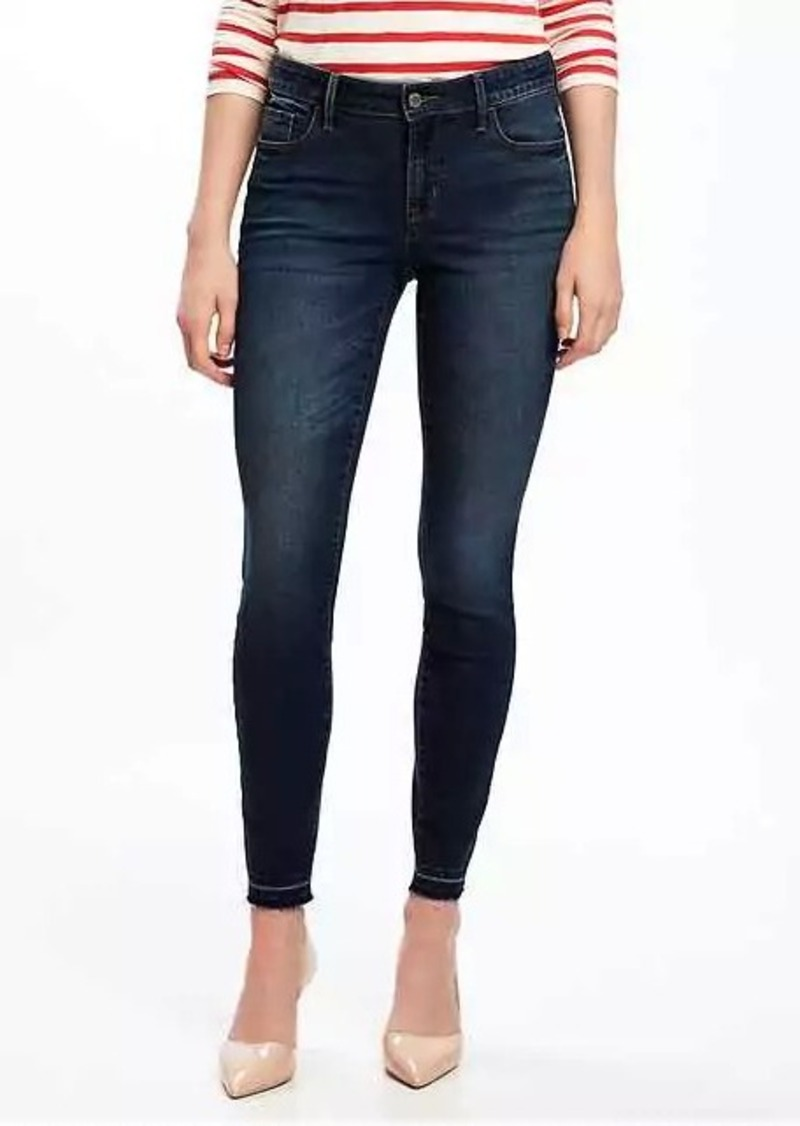 Shop jeans for women from this stylish denim collection at Old Navy. Shop women's jeans, including low rise jeans, boot cut and flared jeans.