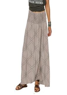 O'NEILL Women's Tamarinda Smocked Waist Maxi Skirt Queens wash/Qns XL