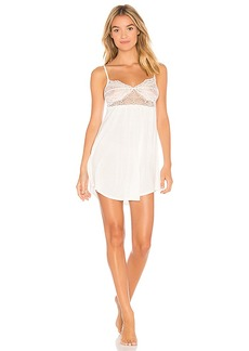 Only Hearts Venice Lace Cup Chemise in Ivory. - size L (also in M,S)