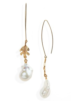 Oscar de la Renta Acorn Leaf Pearl Earrings